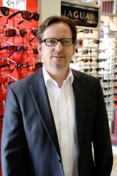 Hans-Jörg Bobka, Augenoptikermeister; Kontaktlinsenspezialist Geschäftsführer